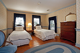 Primrose guestroom at the Baladerry Inn, Gettysburg